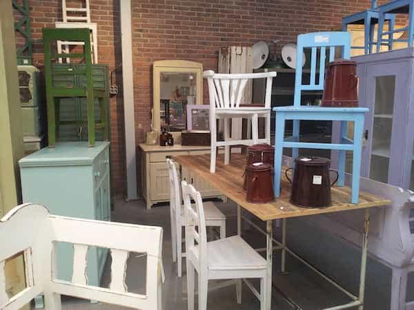 Muebles procedentes de un vaciado de un piso