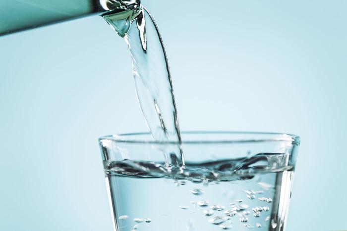 Agua ozonizada apta para beber