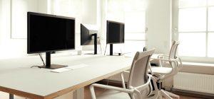 Imagen de una oficina limpia y desinfectada